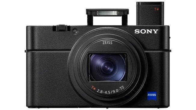 Sony Cyber-shot DSC-RX100: вокруг объектива располагается свободно программируемое кольцо, которое можно использовать, например, для экспокоррекции