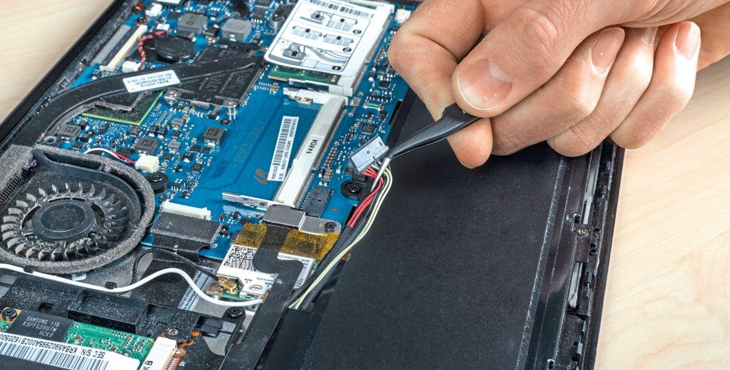Чиним технику своими руками: ноутбуки