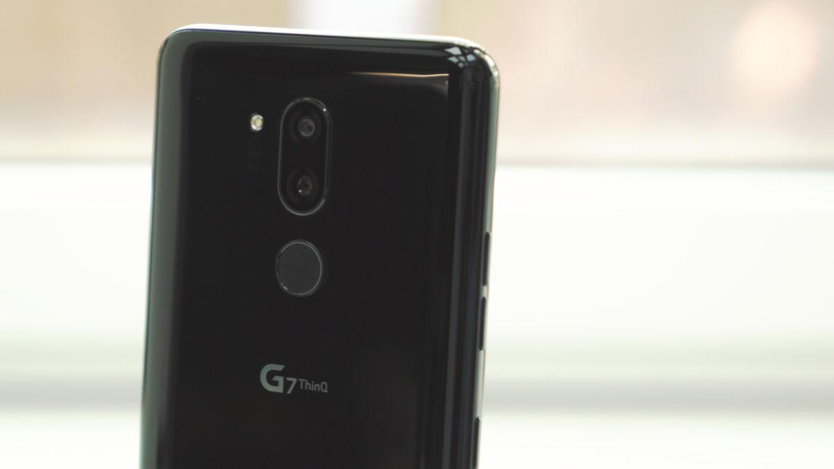 Преимущество для широких сцен: двойная камера LG G7 ThinQ имеет широкоугольный объектив
