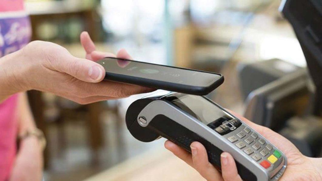 Кто платит: Google Pay VS Apple Pay