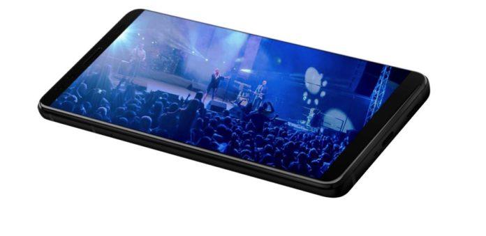 Флагман HTC U12+ в России оценен в 60 000 руб.