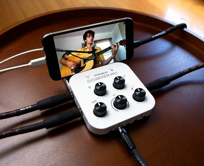 Roland превращает смартфон в студию звукозаписи
