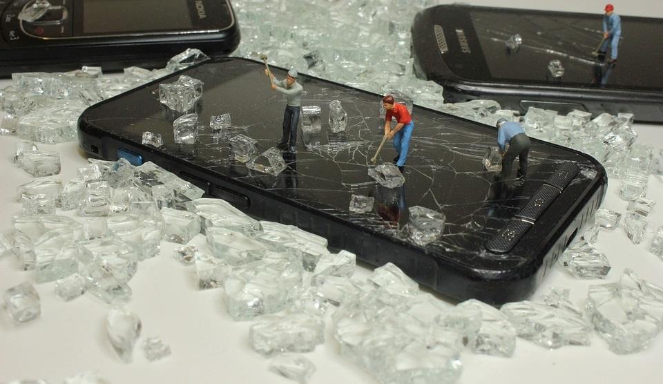Как защитить смартфон на Android