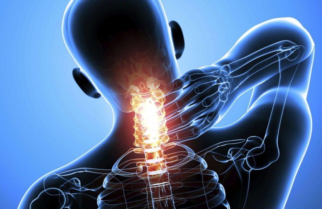 Большинство пользователей планшета жалуются на боль в шее
