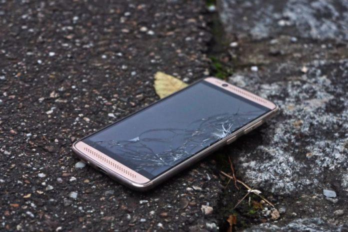 В России начнут массово блокировать «серые» и краденые смартфоны