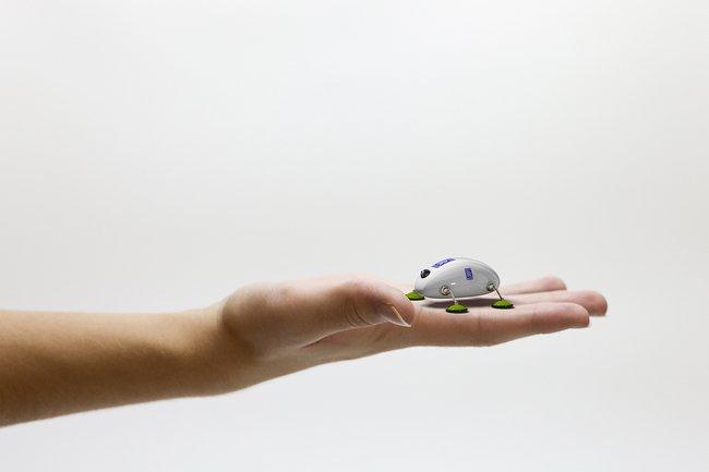 Rolls-Royce создает роботов-тараканов для проверки двигателей