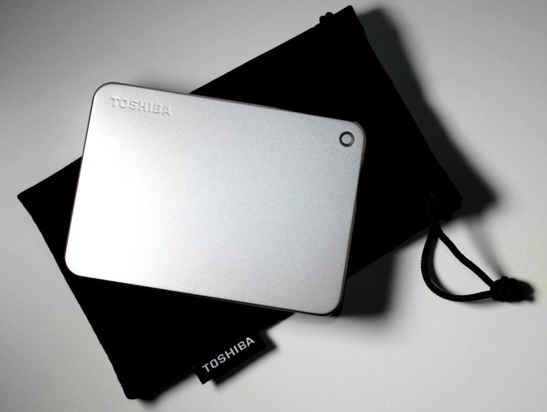Тест внешнего HDD Toshiba Canvio Premium 3TB: элегантность и скорость
