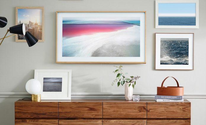 Названы российские цены телевизоров Samsung The Frame 2018