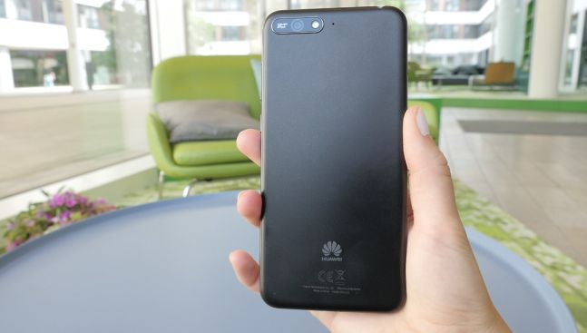 Тест смартфона Huawei Y6 (2018): качественная сборка без особых претензий