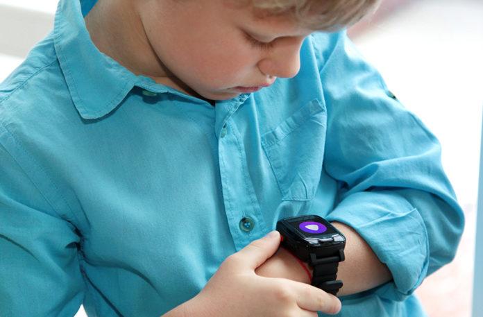Появились в продаже детские умные часы с Алисой
