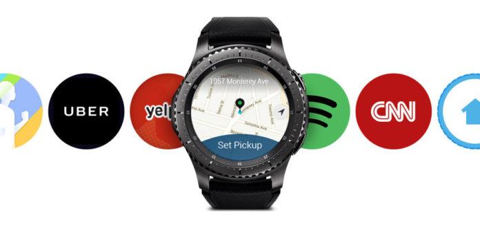Samsung снизила цены на умные часы