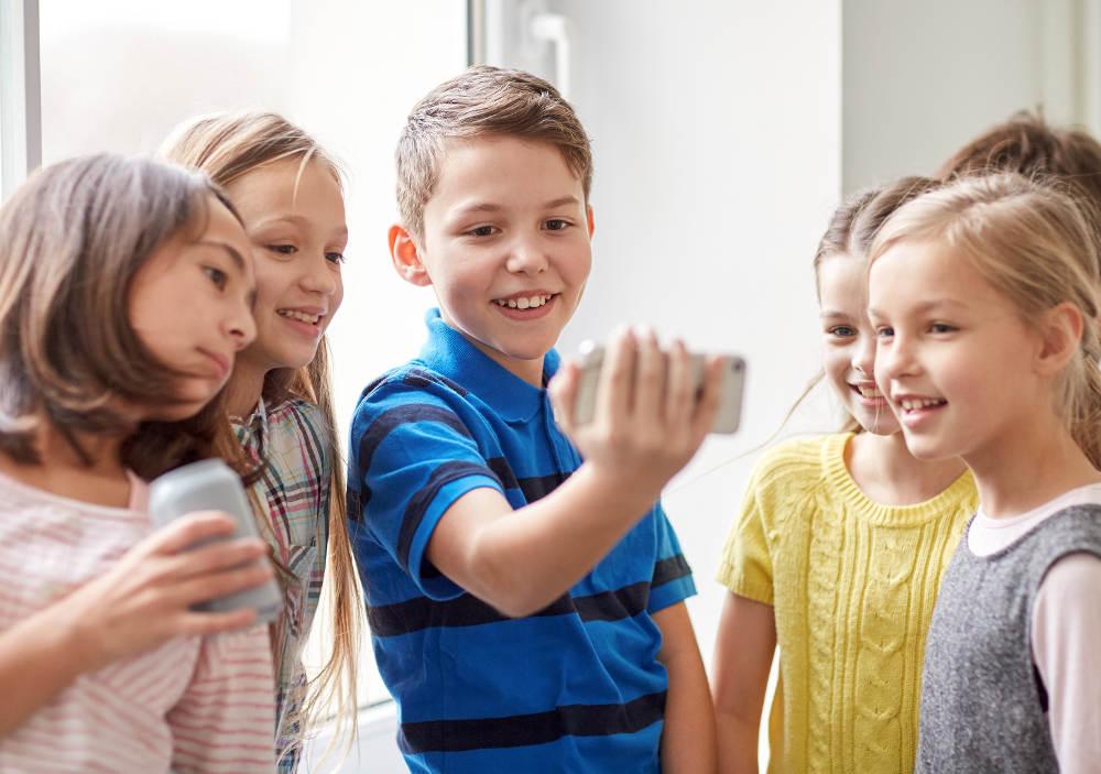 Телефоны для школы: выбираем лучший