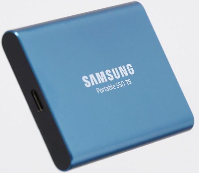 Samsung представила сверхскоростной и защищенный карманный накопитель