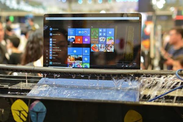 Представлен первый в мире «непромокаемый» ноутбук