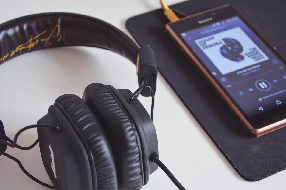 Лучшие приложения для музыки: рейтинг цен