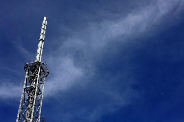 Российские производители просят власти разобраться с Huawei и ZTE