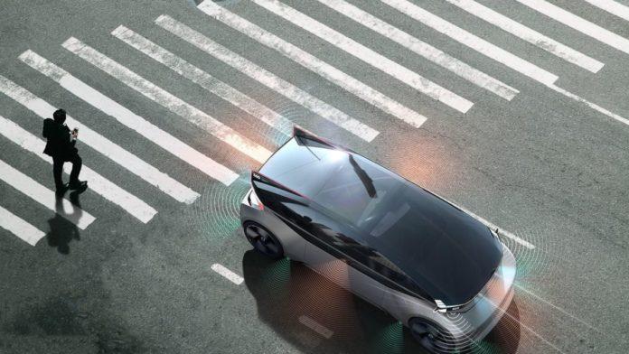 Volvo презентовала новый концепт-кар: электромобиль с кроватью