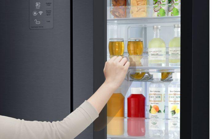 LG обновила линейку умных холодильников Instaview Door-In-Door