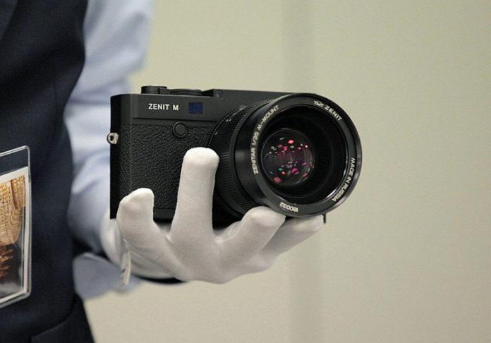 Leica возродит легендарные советские фотоаппараты «Зенит»