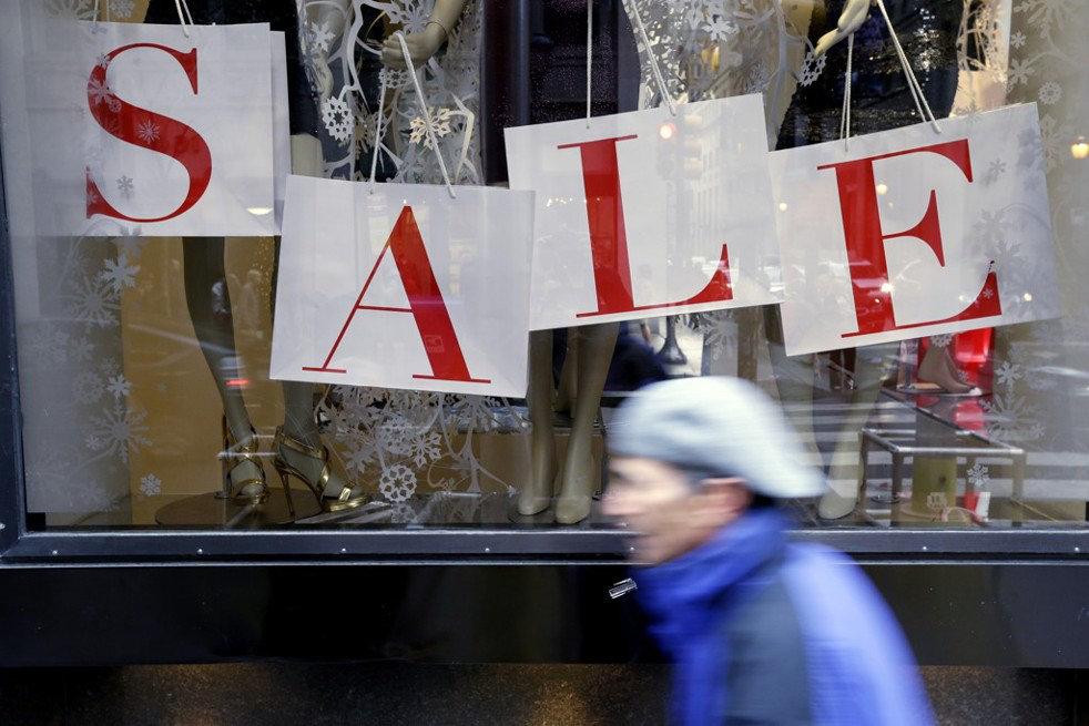 Как выгодно купить технику: гид по ближайшим распродажам