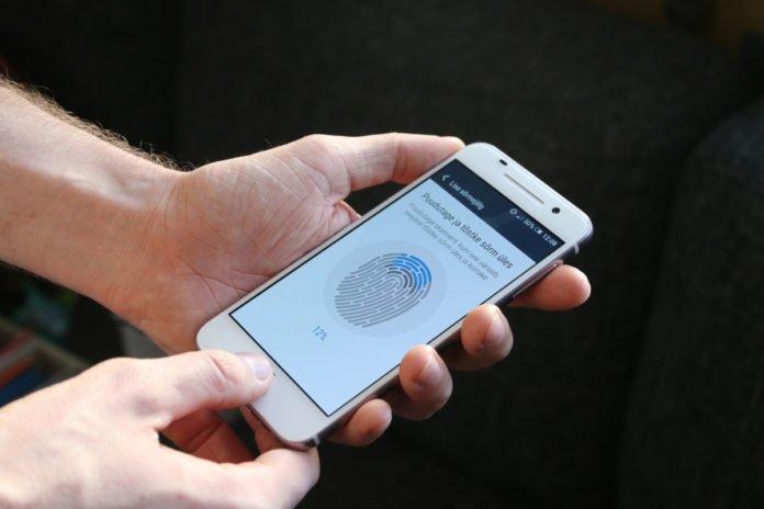 Любой сканер отпечатка пальца можно взломать за 5 попыток