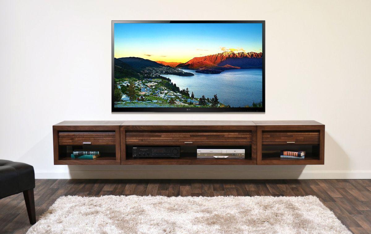 Как надежно закрепить телевизор на стене?