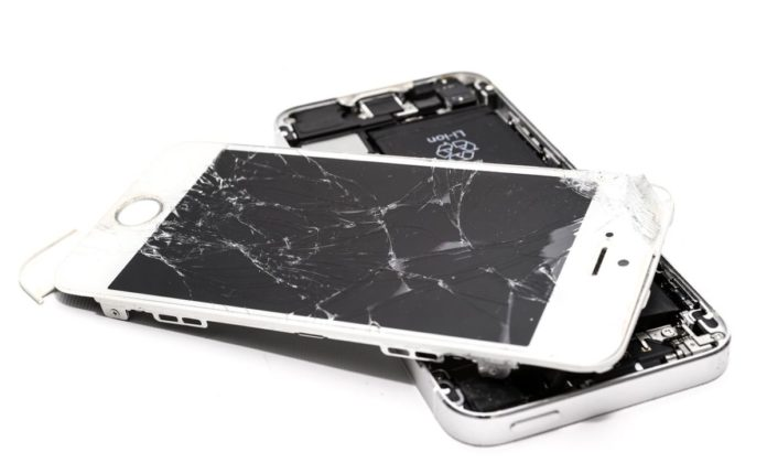 Названа главная причина поломки смартфонов