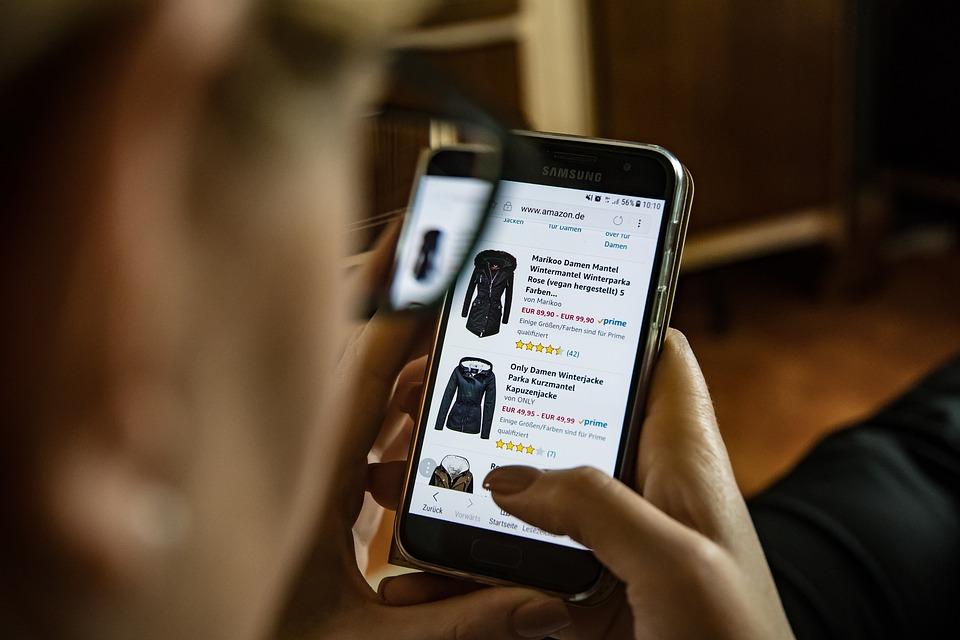 Онлайн-шопинг: как отличить безопасные сайты от фейковых?