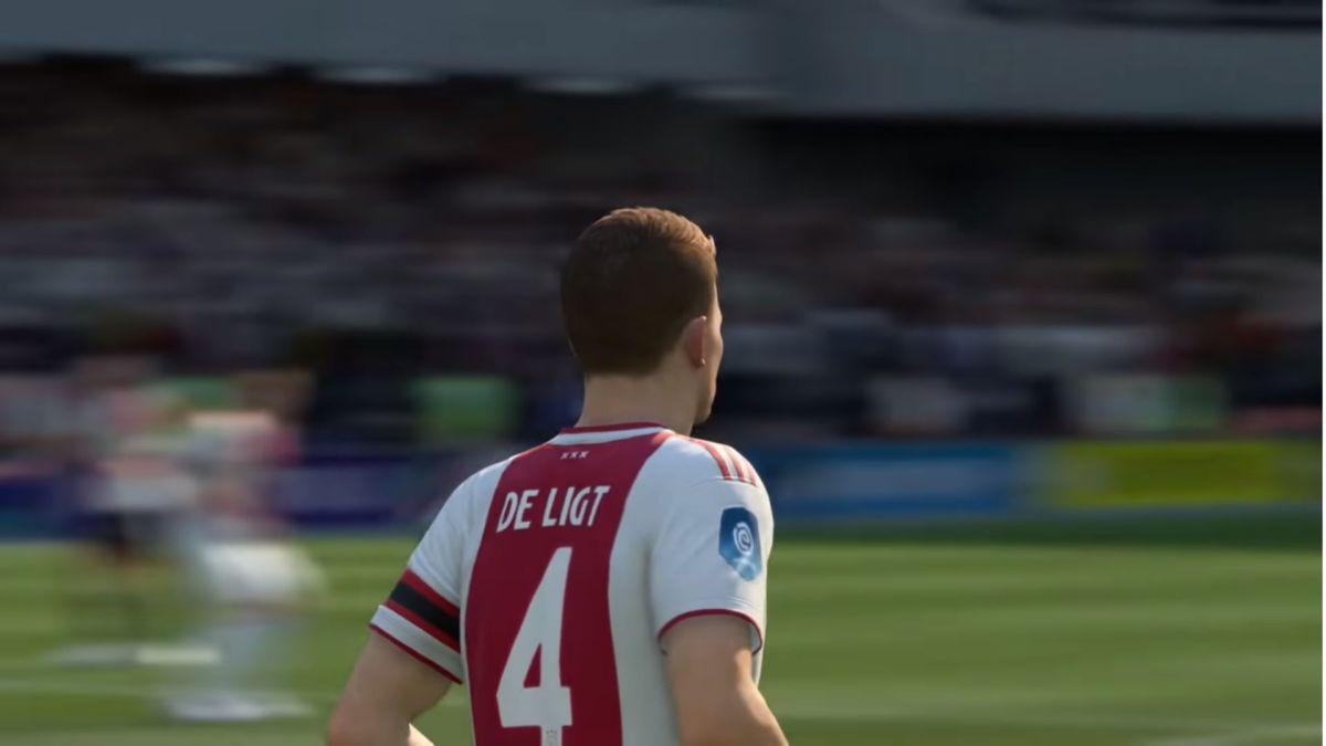 Молодой игрок Маттейс де Лигт играет в клубе «Аякс Амстердам», он известен своей успешной работой в обороне
