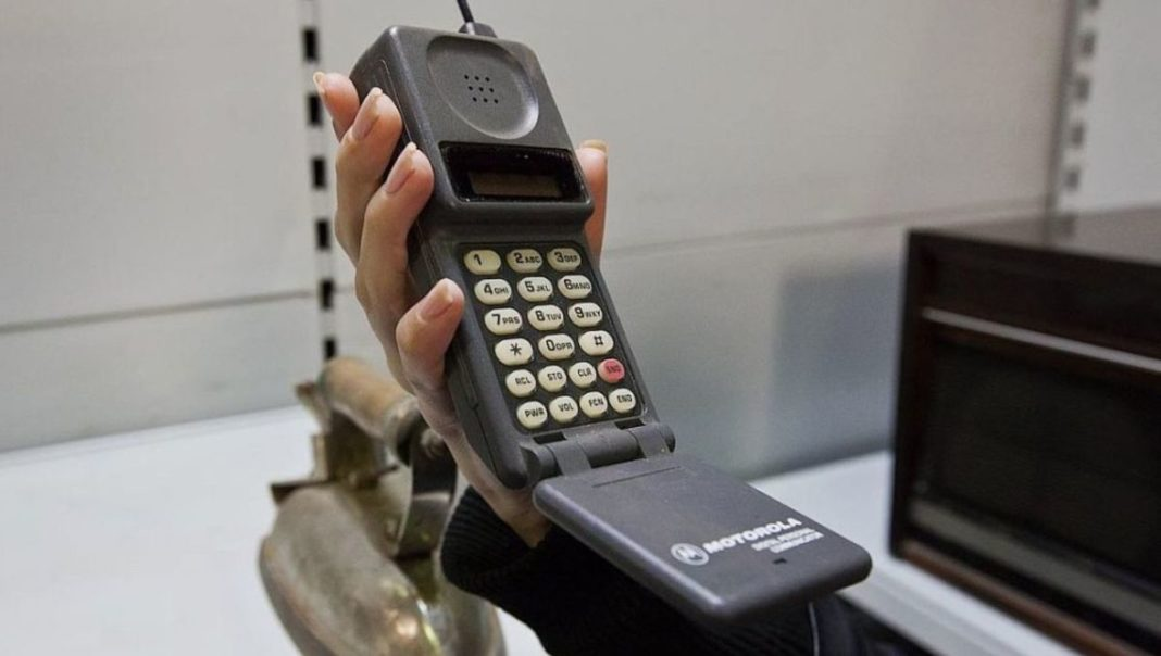 Тест: смогли бы вы выжить в 90-е без смартфона?