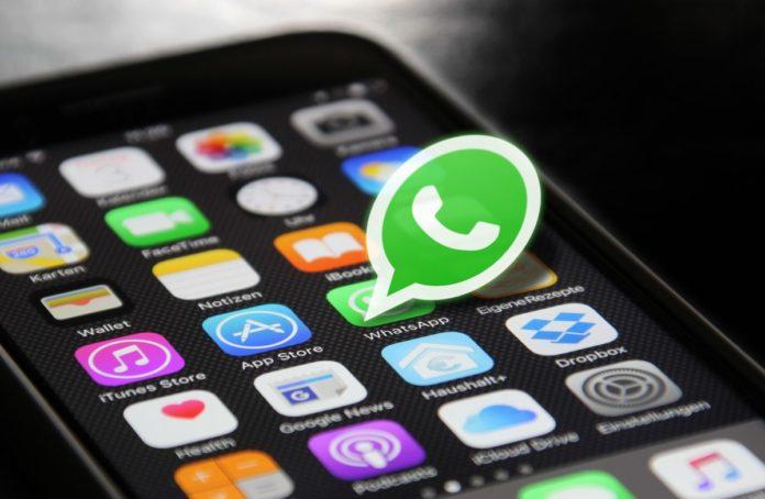 Халява закончилась: WhatsApp начнет показывать пользователям рекламу