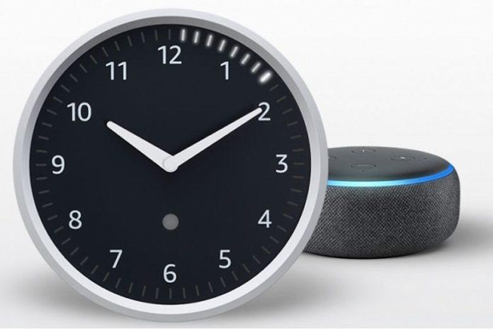 Amazon представила свои первые умные часы. Они оказались настенными.