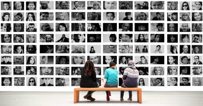 Приводим в порядок домашний фотоархив: как организовать фотографии?