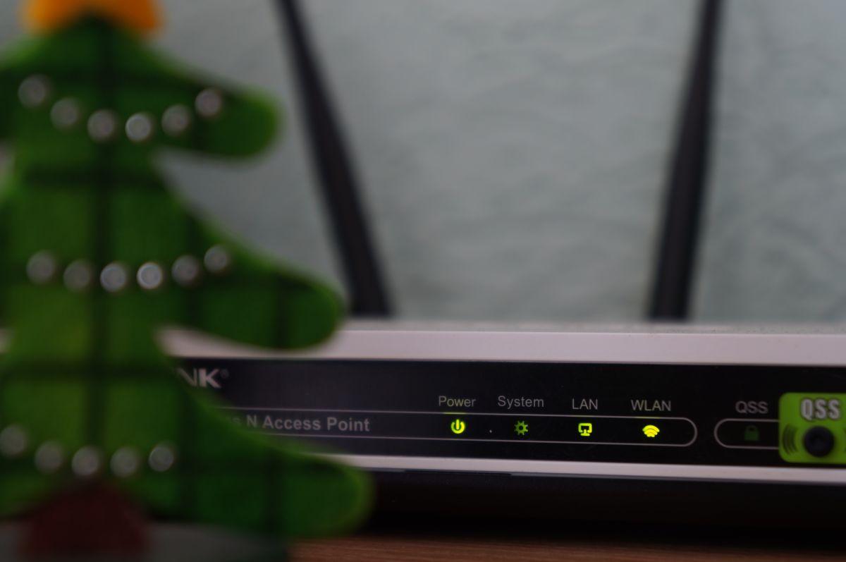 Как усилить сигнал роутера без дополнительного оборудования