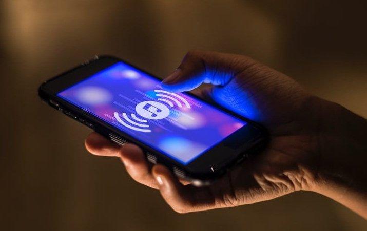 Лучшие беспроводные наушники 2018-2019  рейтинг моделей для телефона ... c4ed7e45cdcf7