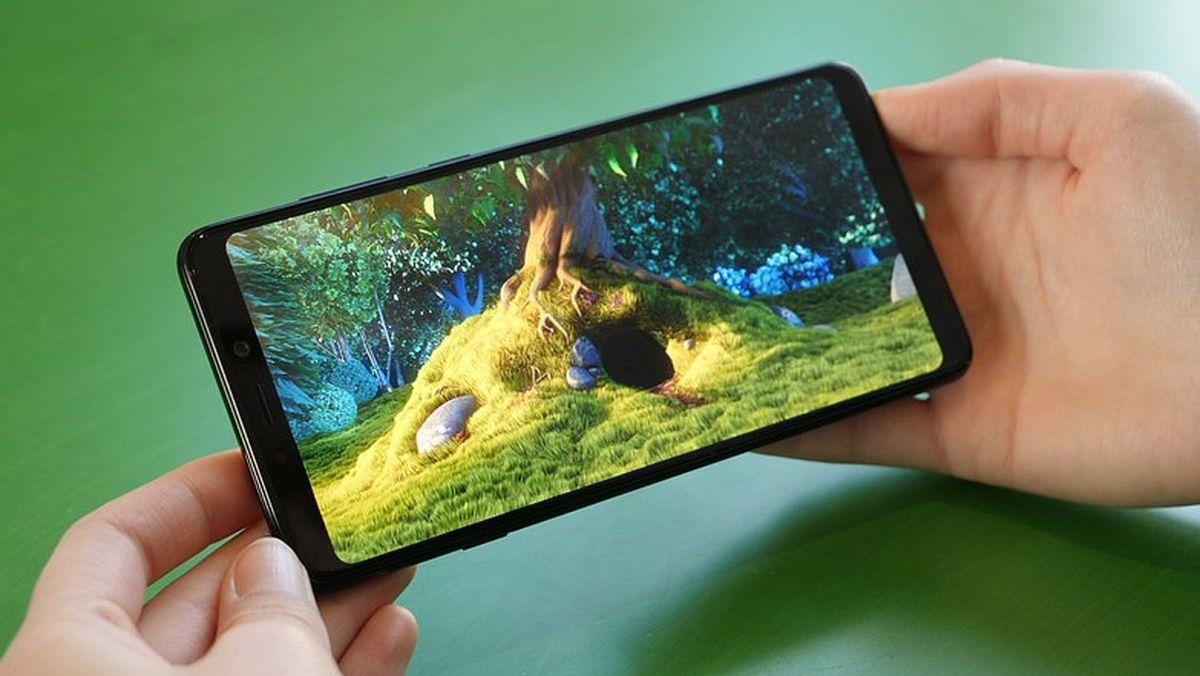 Тест и обзор Samsung Galaxy A9 2018:четыре основные камеры и супердисплей