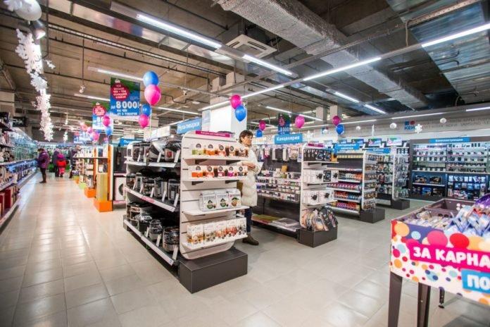 Популярная российская сеть магазинов электроники закрывается