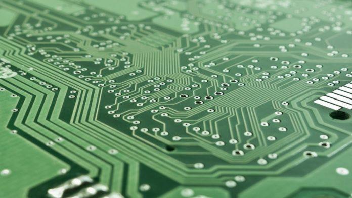 Почему компьютеры становятся мощнее, или что такое Закон Мура