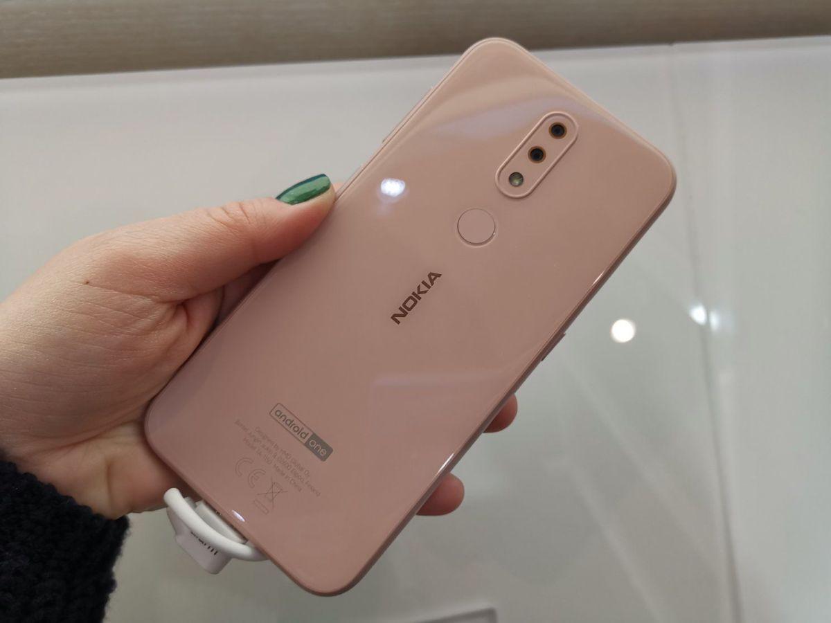 """Новые """"бюджетники"""" от Nokia появятся в апреле"""