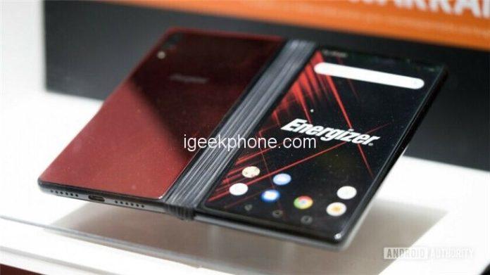 Представлен самый дешевый и самый долгоиграющий складной смартфон с гибким дисплеем