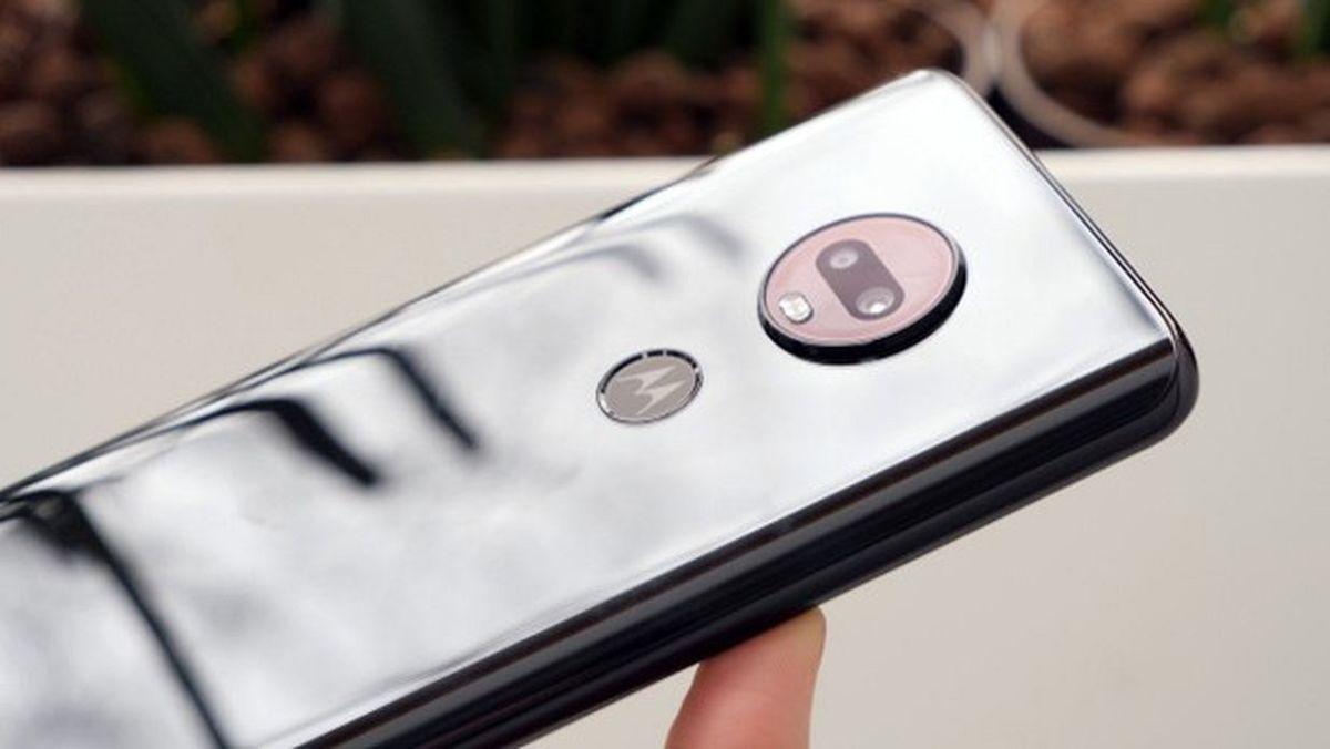 Обзор смартфонов Motorola Moto G7: привлекают и ценой, и качеством
