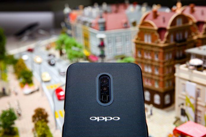 Представлен первый в мире смартфон с 10-кратным оптическим зумом