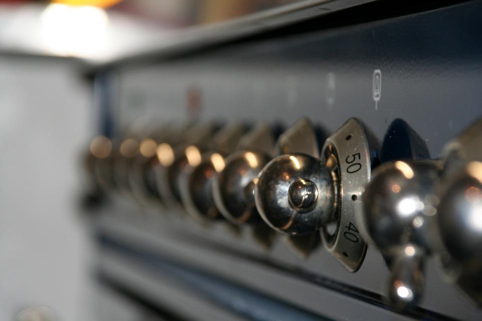 Как выбрать электрический духовой шкаф: виды, функции, топ лучших моделей