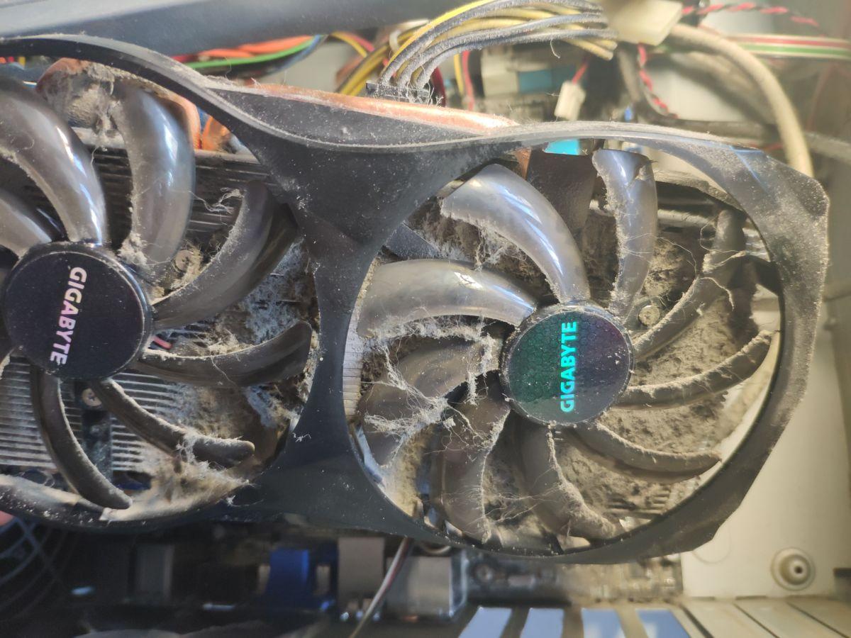 Как почистить компьютер от пыли, и как часто это нужно делать?