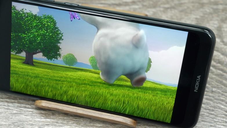 Тест и обзор Nokia 5.1 Plus: производительный и недорогой