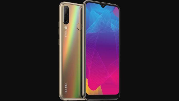 За предзаказ смартфона CAMON 11S ценой 9990 руб. дают подарок за 3 999 руб.!