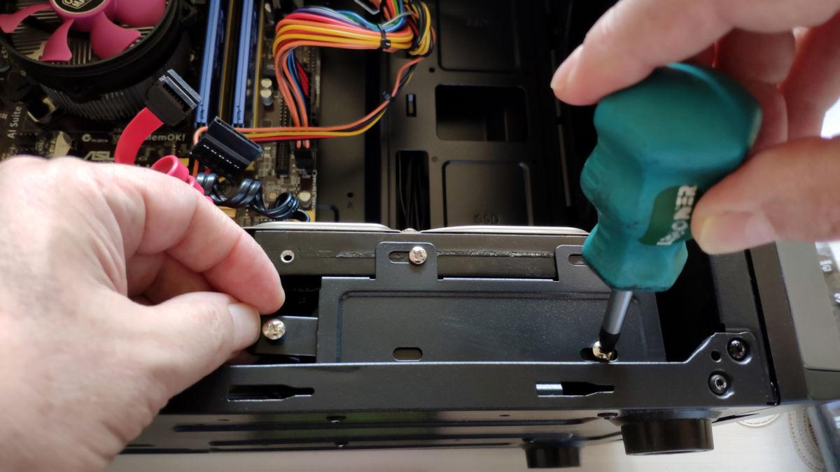 Как подключить SSD диск к компьютеру: пошаговая инструкция