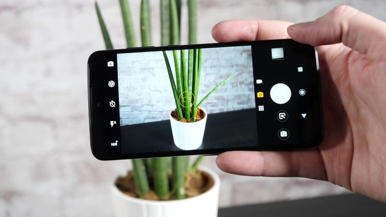 Тест и обзор смартфона Motorola Moto G7: в ожидании чуда