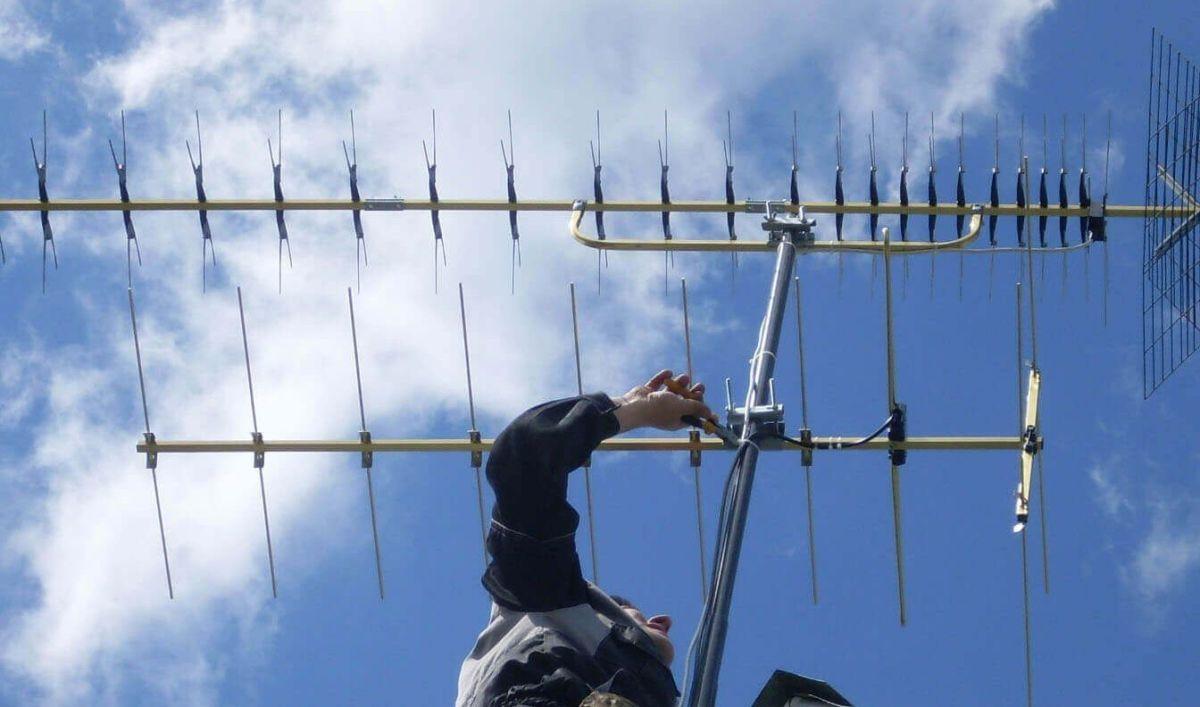 Как установить антенну на даче: советы по монтажу и подключению
