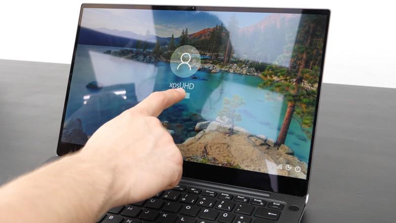 Тест и обзор ноутбука Dell XPS 13 2019 UHD Touch: лучше не найти?